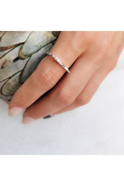 Antique Ring | White Zircon | 925 Silver  Antique Ring | White Zircon | 925 Silver