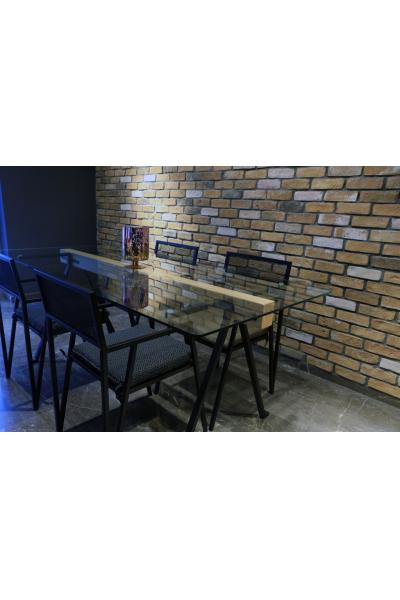 Metal Ayaklı Cam Yemek Masası Metal Ayaklı Cam Yemek Masası