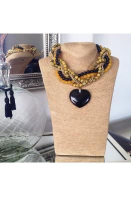 Aypen Accessories Black Heart Beads