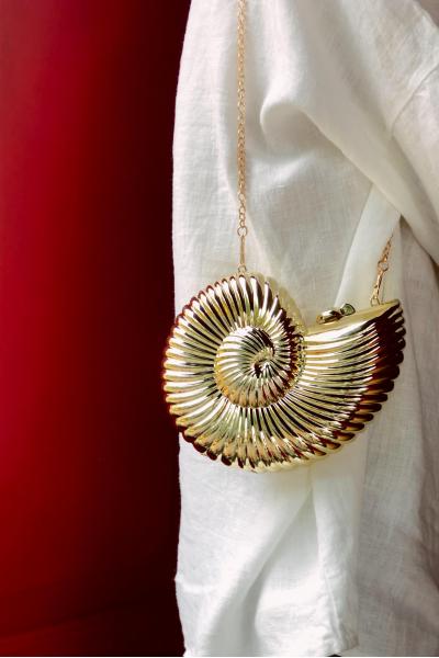Golden Snail Golden Snail