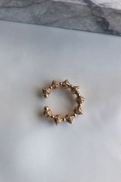 Crown Gold Earcuff