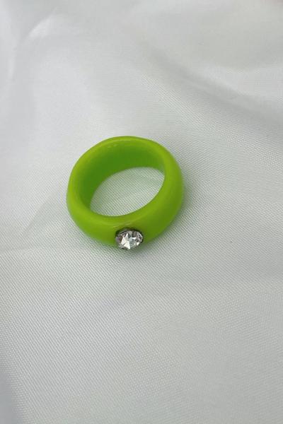 Nilky Green White Stone Ring Nilky Green White Stone Ring