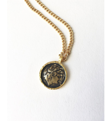 Anar Güzel Medallion necklace