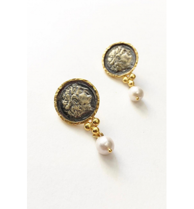 Anar Güzel Black gold plated Alexander Earrings