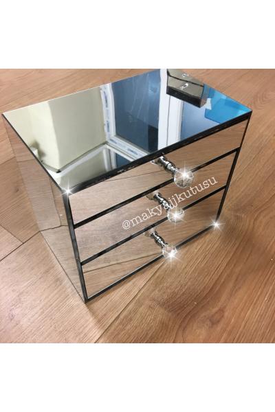 Küçük Boy 3 Çekmeceli Tamamı Ayna Kaplı Makyaj Kutusu Küçük Boy 3 Çekmeceli Tamamı Ayna Kaplı Makyaj Kutusu