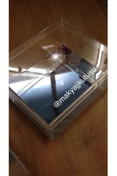 Orta Boy Tabanı Aynalı,Kapaklı Bohça Kutusu Orta Boy Tabanı Aynalı,Kapaklı Bohça Kutusu