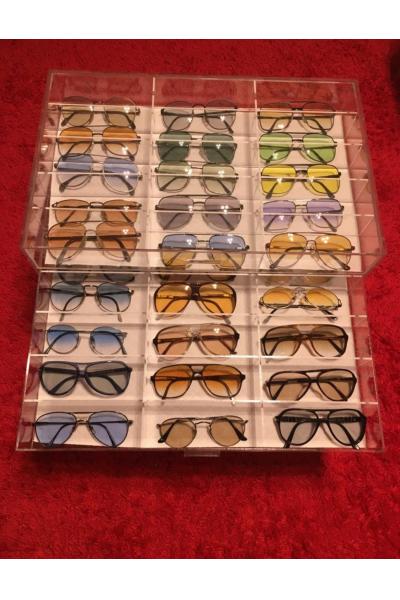 Çekmeceli 15 Gözlü Gözlük Kutusu Çekmeceli 15 Gözlü Gözlük Kutusu