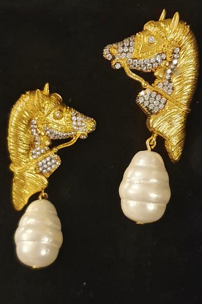 Golden Horse Golden Horse