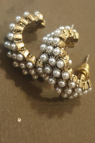 Grey Pearls Grey Pearls