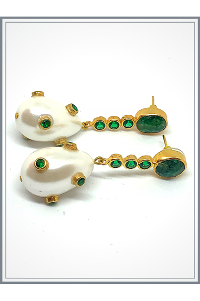 Barok Pearl Green Earing With Green Stone Barok Pearl Green Earing With Green Stone