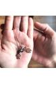 Çift çocuk figürlü ve gözlü gümüş rose kolye