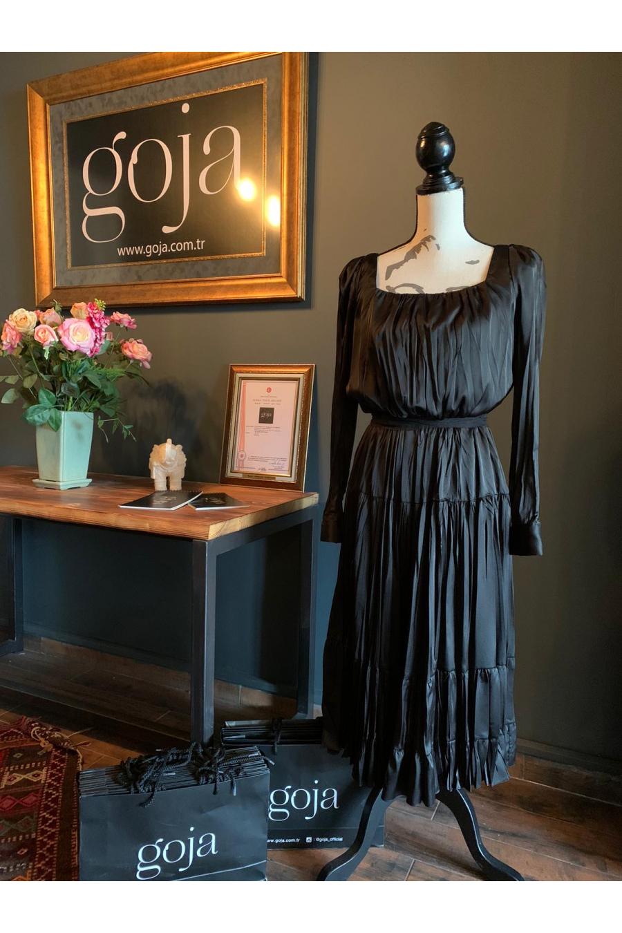 Crispy Dress-Black