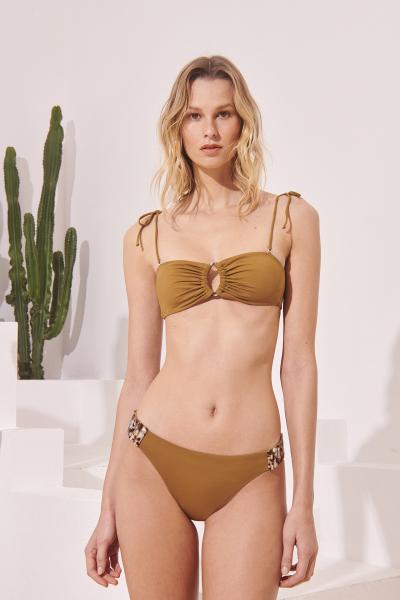 Sandra Bikini Desert