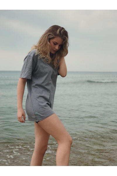 grey t-shirt grey t-shirt