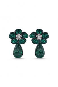 Yeşil Taşlı Çiçek Motifli Sallantılı Siyah Küpe