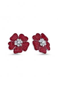 Kırmızı Taşlı Çiçek Motifli Beyaz Küpe