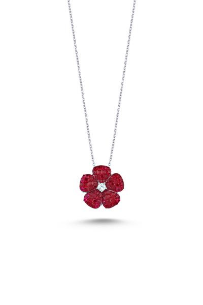 Kırmızı Taşlı Beyaz Mini Çiçek Kolye Kırmızı Taşlı Beyaz Mini Çiçek Kolye