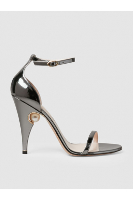 THE MODIST Penelope Pearl Detail Patent Leather Sandals