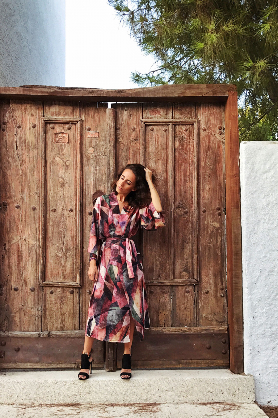 Çok Renkli Desenli Uzun Kimono
