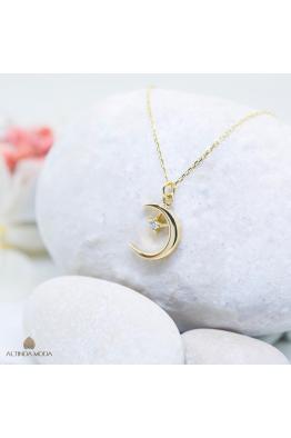 Altında Moda Altın Ay Yıldız Kolye